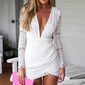 Xenia Boutique White Lace Long Sleeve Dress
